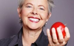 6 REASONS NOT TO DELAY GETTING DENTURES
